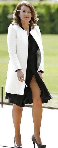 Elegant mature amateur ladies fully clothed.3
