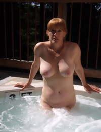 Sexy hot naked milf & mature sluts