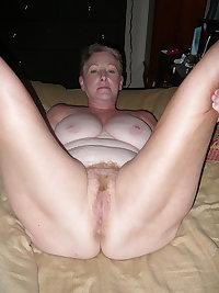 Mature sexy mom