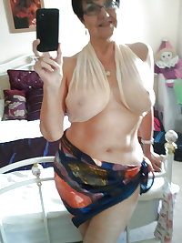 Hot granny's nude and non nude