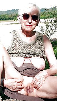 Grab a granny 341