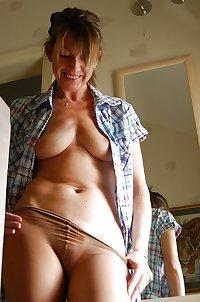 Amateur Mature Mom Homemade Hot!