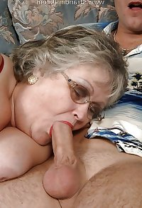 AMATEUR MATURES GRANNIES BBW BIG BOOBS BIG ASS 58