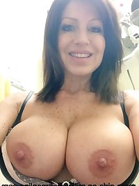 Amazing big tits milf - more photos of her on milfwebcamonline