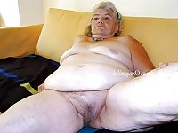 Mature and Gtanny Passion 37