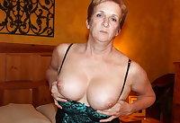 Old natural tits woman