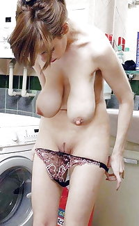 Pissing and older lesbian sex is great fucking fun