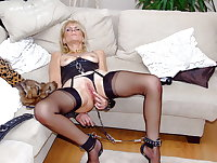 Old milf blow cock