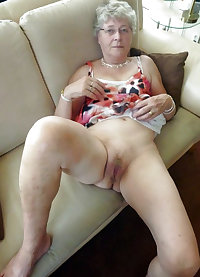 Old mature exposes her ugly pussy