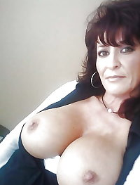 Overweight, lesbian, mature and very horny
