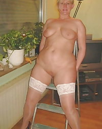 Mature has a tight shaved pussy hole