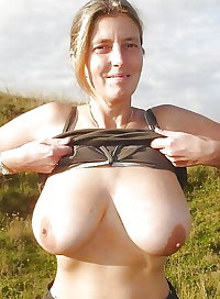 Amateur Mature Sexy Wives 22