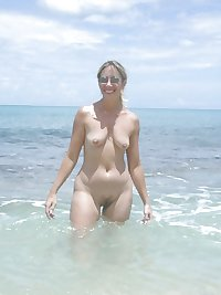 Only the best amateur mature ladies at the beach 14.