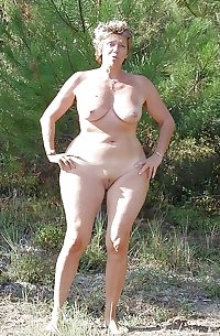 613 curvy moms mature milfs