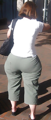 Candid Mature Ass - Sexy Butt - Booty Street Voyeur