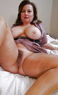 Amateur Mature Sexy Wives 38