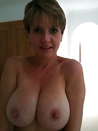 Naturally Big Breasted MILFs