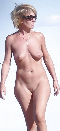 Only the best amateur mature ladies at the beach 12.