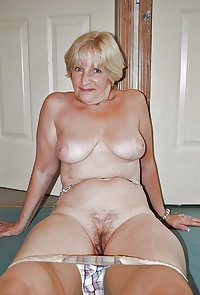 Amateur Mature Sexy Wives 7