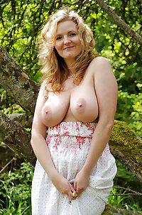 Hot Mom,Milf,Mature Amateure