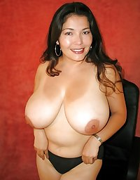 Mature Lover 142... Natural Busty & Hot Latina Mom