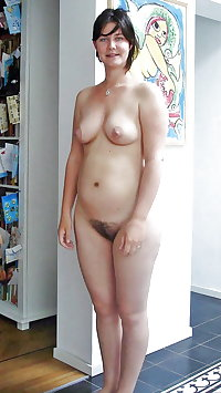 older pussy spreading
